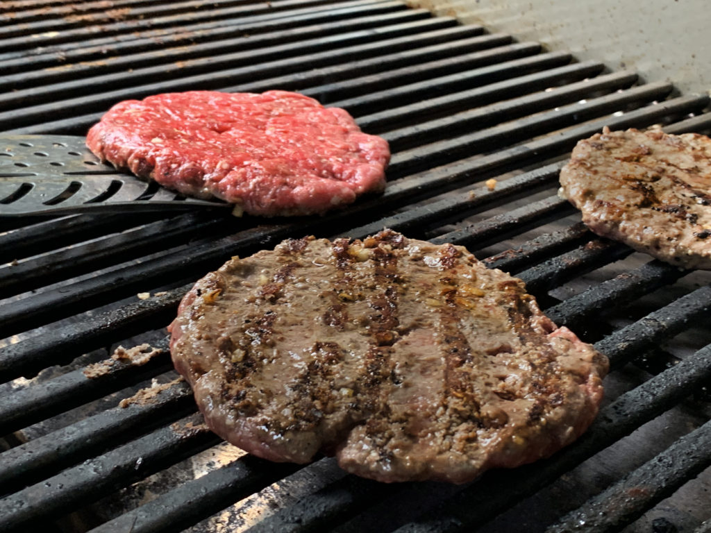 How to grill a hamburger